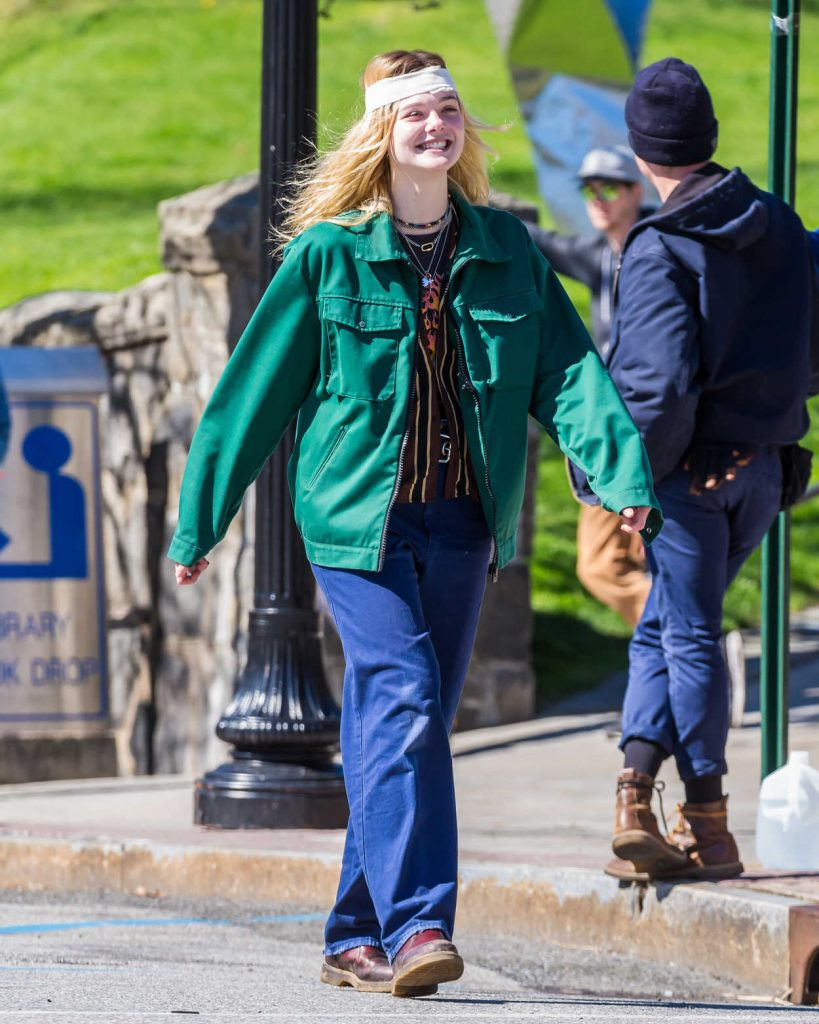 Elle Fanning on the Set of I Think We're Alone Now in Westchester County 04/24/2017-1