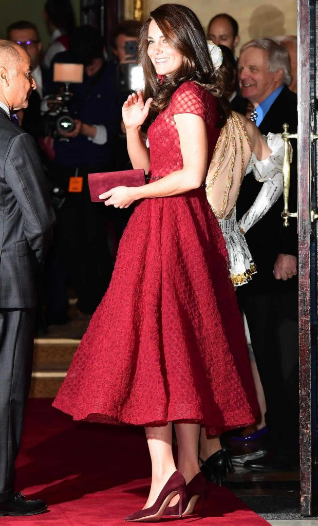 Kate Middleton Arrives at the 42nd Street Musical Press Night in London 04/04/2017-2