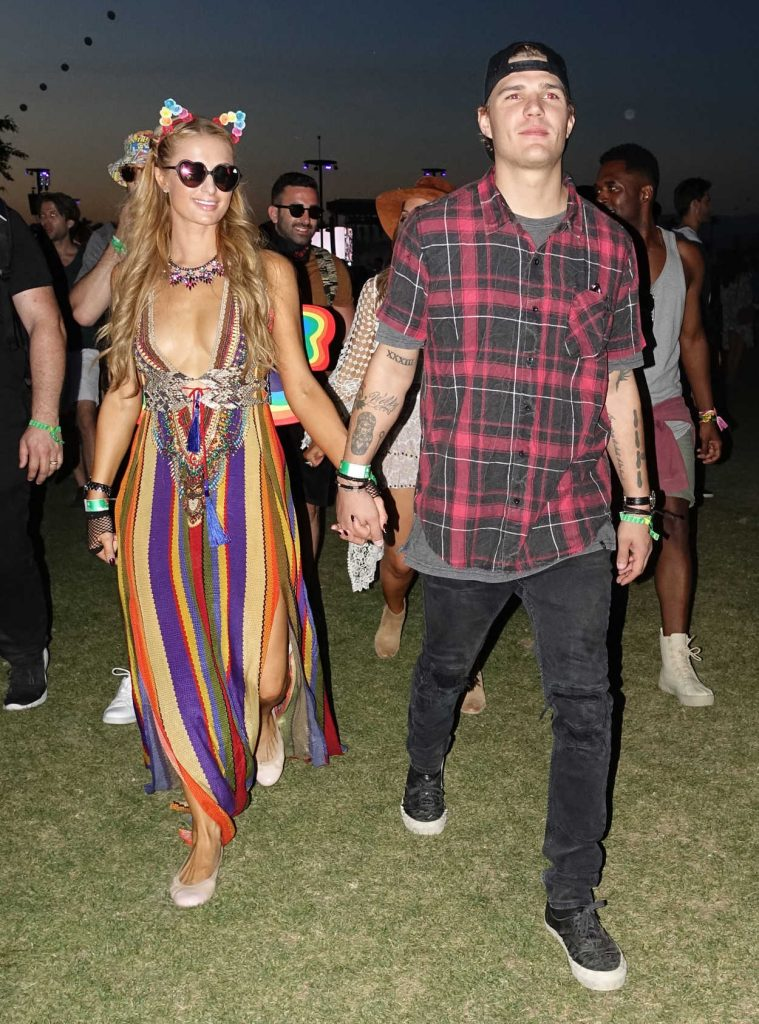 Paris Hilton Arrives at Coachella Valley Music and Arts Festival in Indio 04/14/2017-1
