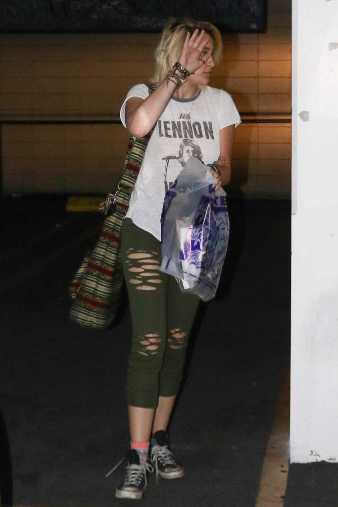 Paris Jackson Wears a John Lennon Shirt in Studio City 04/12/2017-1