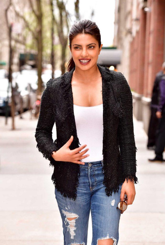 Priyanka Chopra Leaves ABC's Live With Kelly in NYC 04/17/2017-4