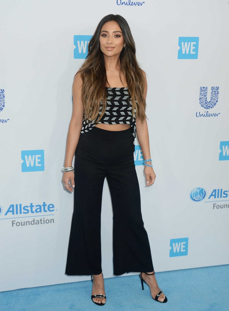 Shay Mitchell at WE Day California in Los Angeles 04/27/2017-1