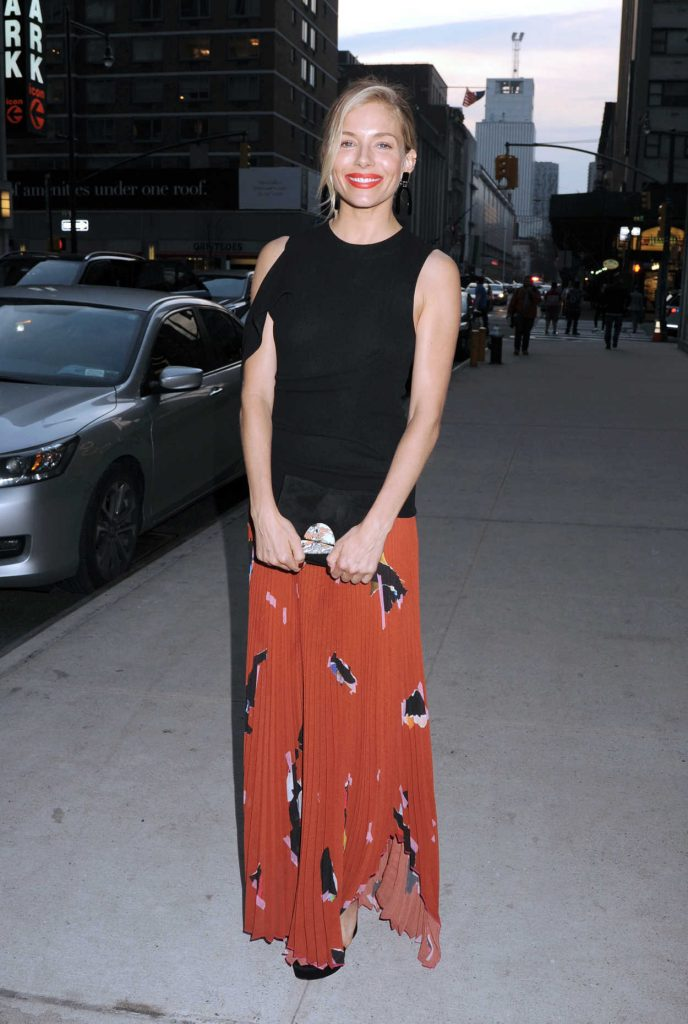 Sienna Miller Attends the New York Screening of The Lost City of Z 04/11/2017-1