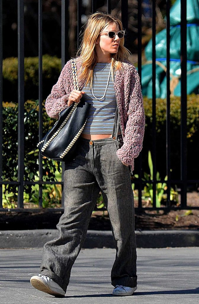 Sienna Miller Was Spotted Out in New York City 03/31/2017-1