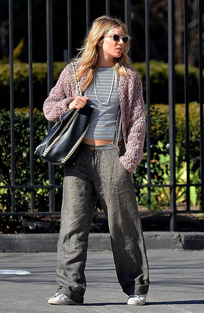 Sienna Miller Was Spotted Out in New York City 03/31/2017-3