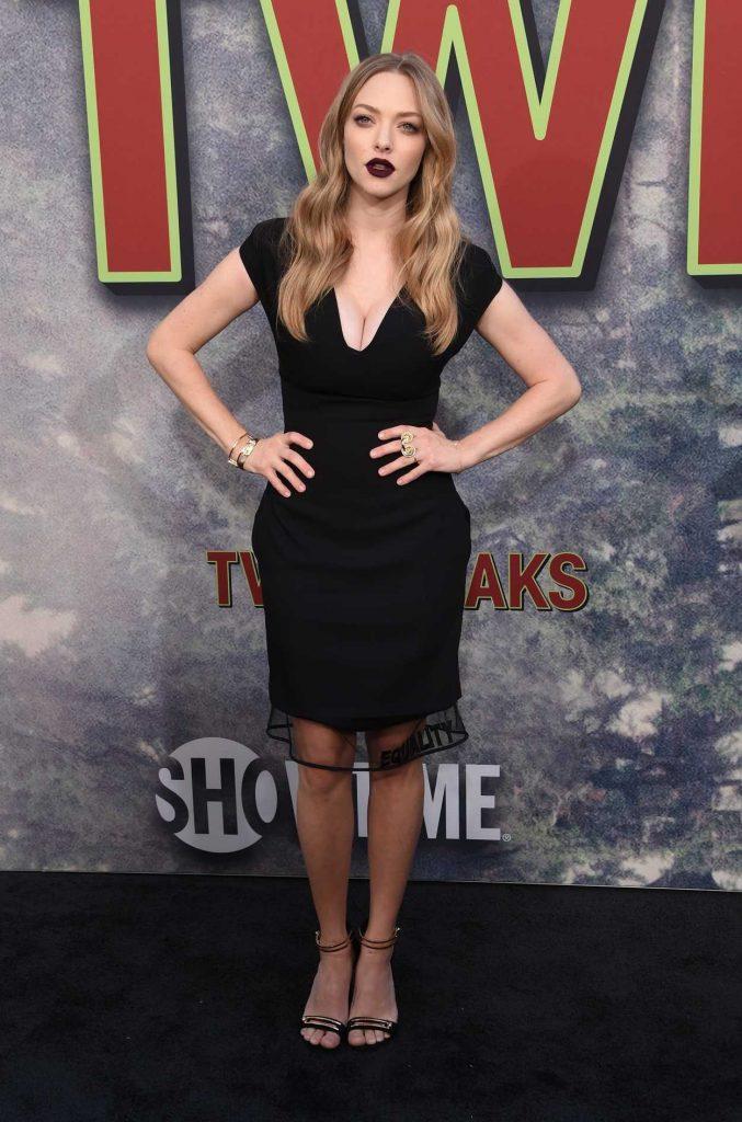 Amanda Seyfried at the Twin Peaks Premiere in Los Angeles 05/19/2017-1