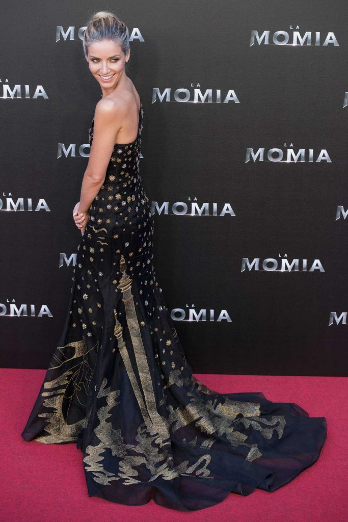 Annabelle Wallis at The Mummy Premiere in Madrid 05/29/2017-2