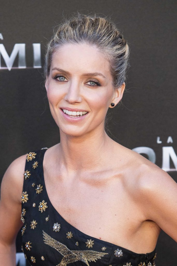 Annabelle Wallis at The Mummy Premiere in Madrid 05/29/2017-5
