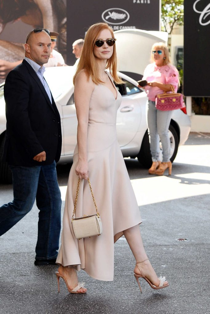 Jessica Chastain Leaves the Martinez Hotel in Cannes 05/27/2017-1