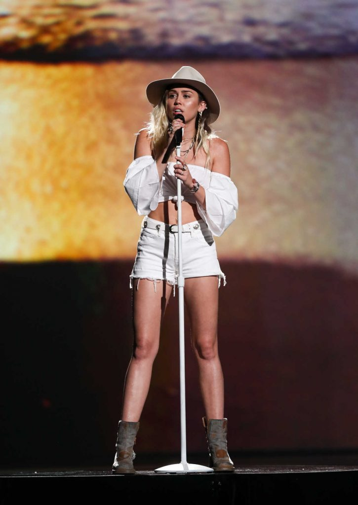 Miley Cyrus at the 2017 Billboard Music Awards in Las Vegas 05/21/2017-2