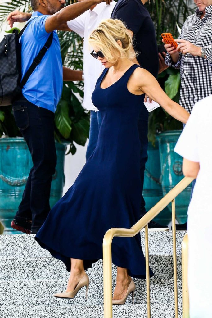 Pamela Anderson Leaves Her Hotel in Miami 05/14/2017-1