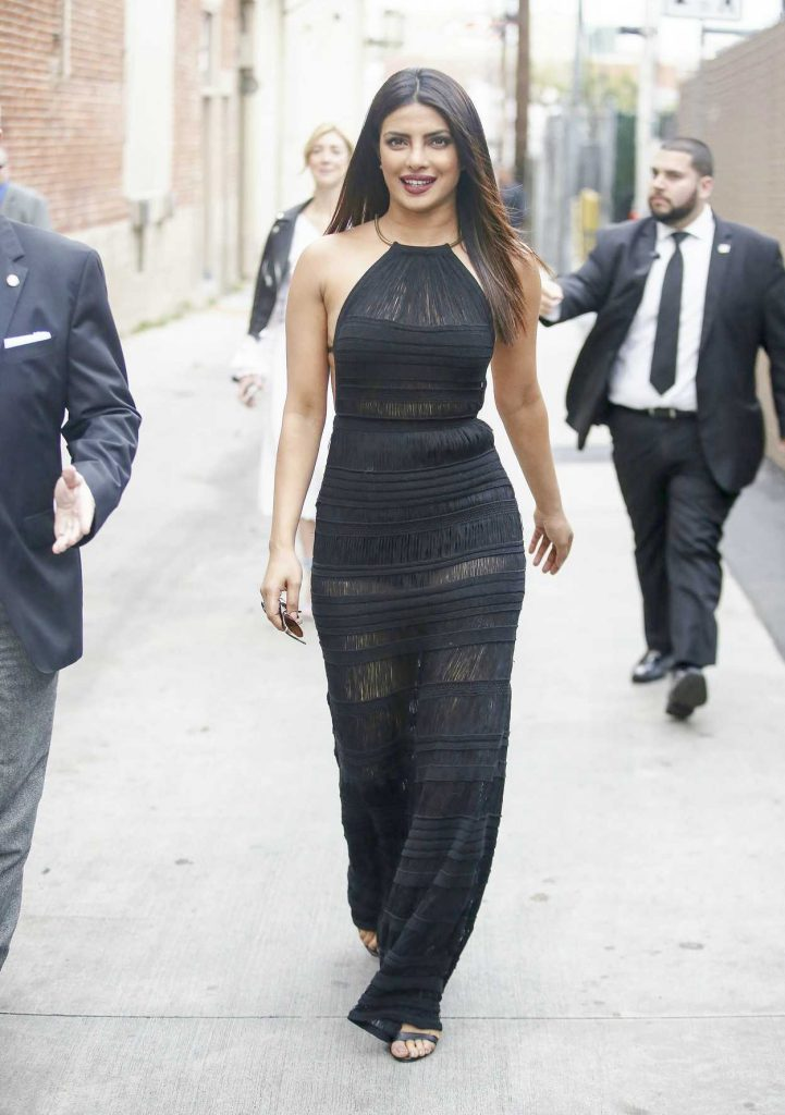 Priyanka Chopra Arrives at Jimmy Kimmel Live in Los Angeles 05/09/2017-1