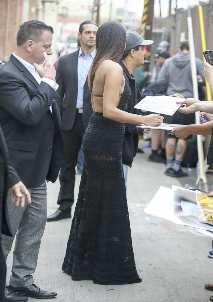 Priyanka Chopra Arrives at Jimmy Kimmel Live in Los Angeles 05/09/2017-4