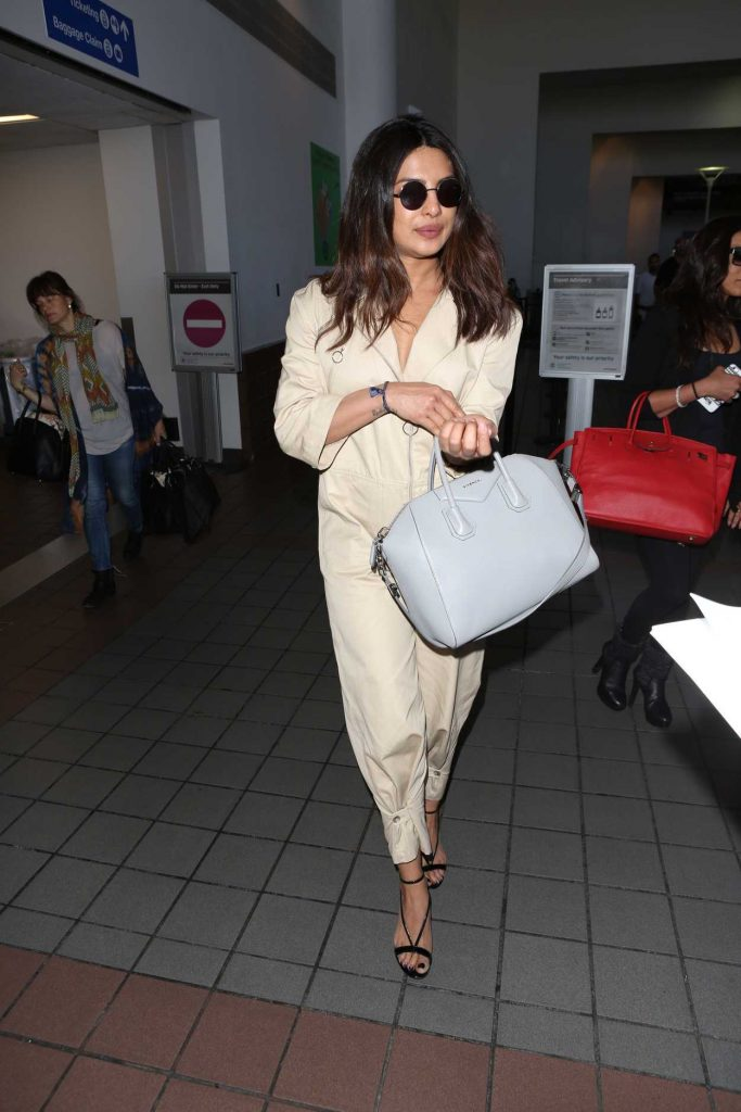 Priyanka Chopra Arrives at LAX Airport in Los Angeles 05/23/2017-1