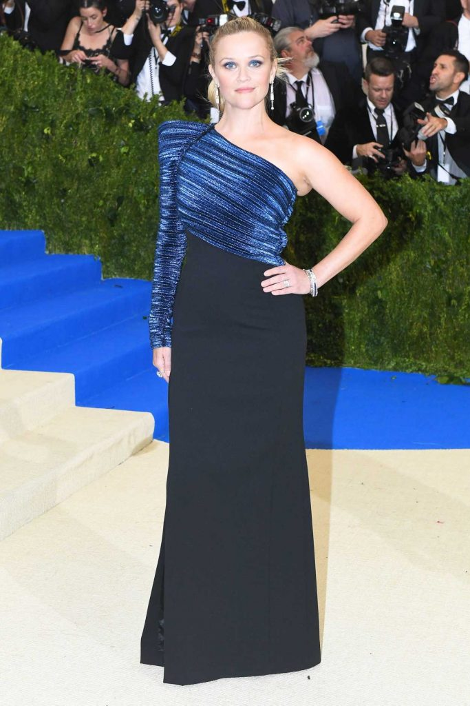 Reese Witherspoon at the 2017 Met Gala at The Metropolitan Museum of Art in New York 05/01/2017-2