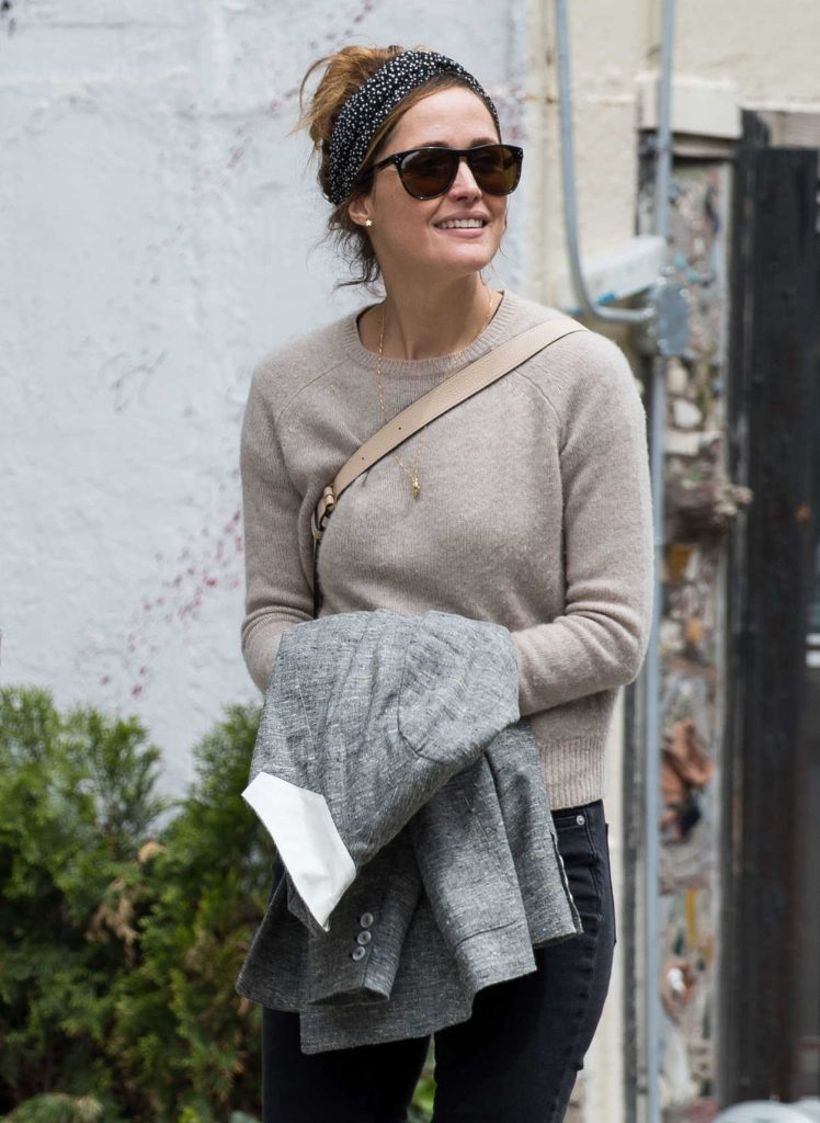 Rose Byrne Walks Around With a Male Friend in New York City 05/12/2017-1