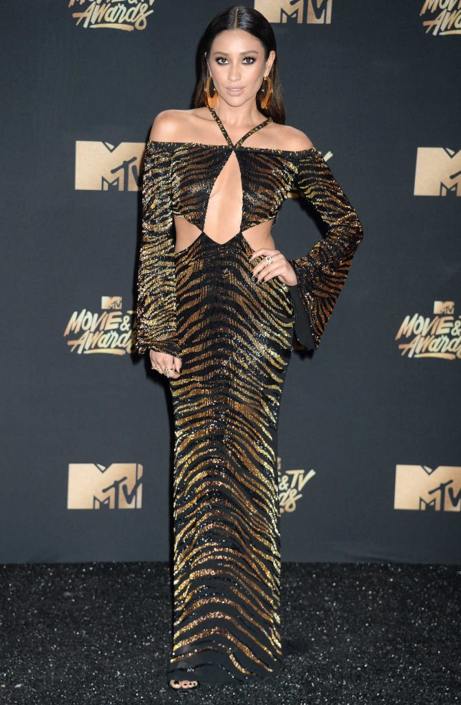 Shay Mitchell at 2017 MTV Movie and TV Awards in Los Angeles 05/07/2017-1