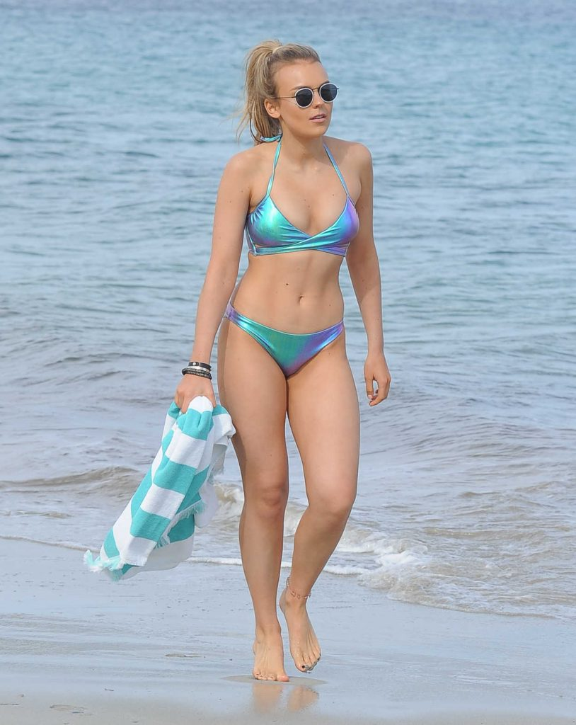 Tallia Storm in Bikini at the Beach in Ibiza 05/10/2017-1