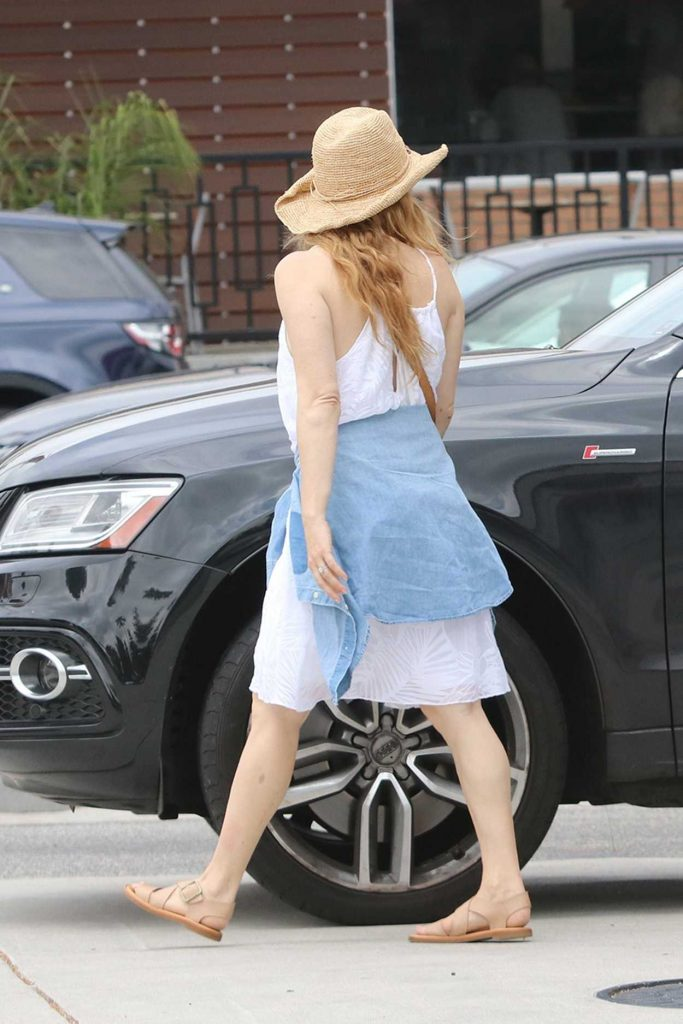 Amy Adams Was Seen Out in Studio City 06/10/2017-5