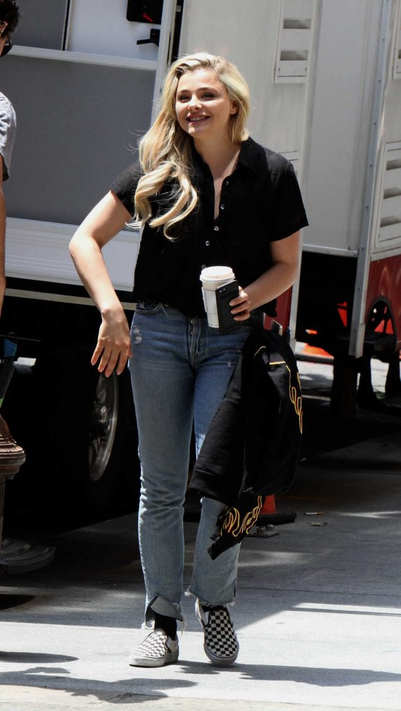 Chloe Moretz on the Set of Louis C.K. Untitled Film Project in NYC 06/15/2017-4