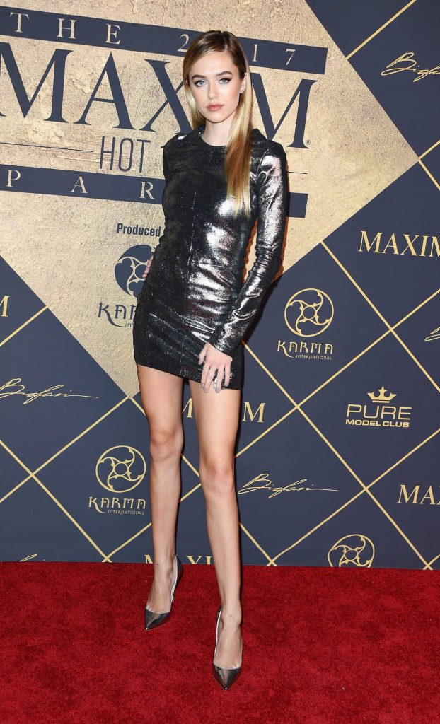 Delilah Hamlin Arrives to The Maxim Hot 100 Event in Hollywood 06/24/2017-1