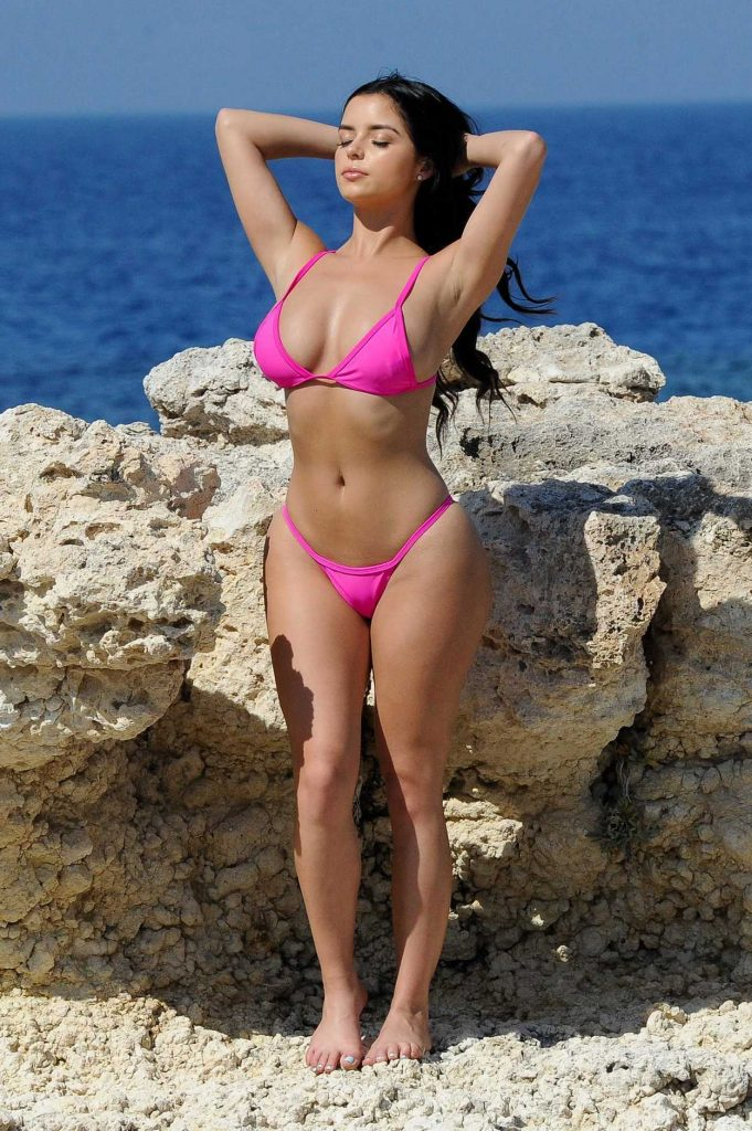Demi Rose Does a Bikini Photoshoot in Santorini 06/22/2017-1