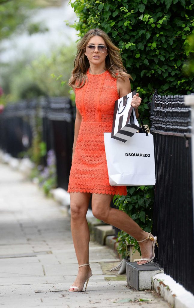 Elizabeth Hurley Leaves Her Home in London 06/09/2017-1