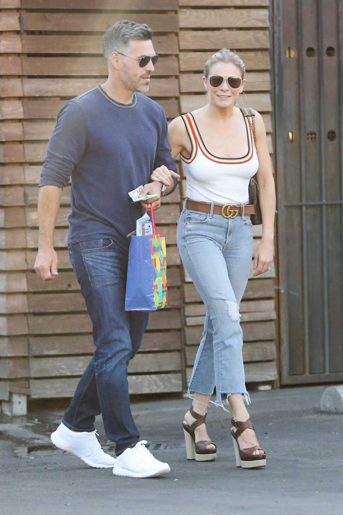 LeAnn Rimes Was Seen Out in Calabasas 06/18/2017-1