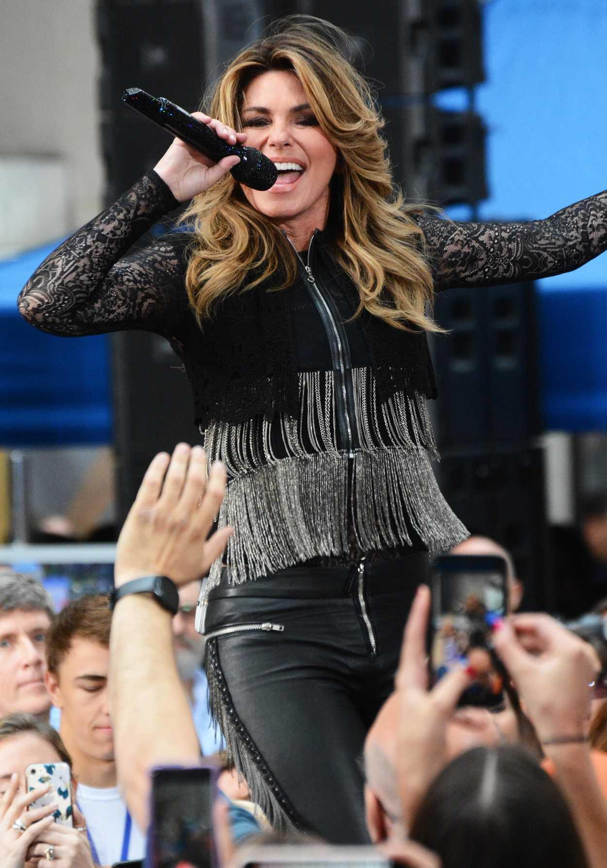 Shania Twain Full Tour Schedule & , Tour Dates & Concerts – Songkick