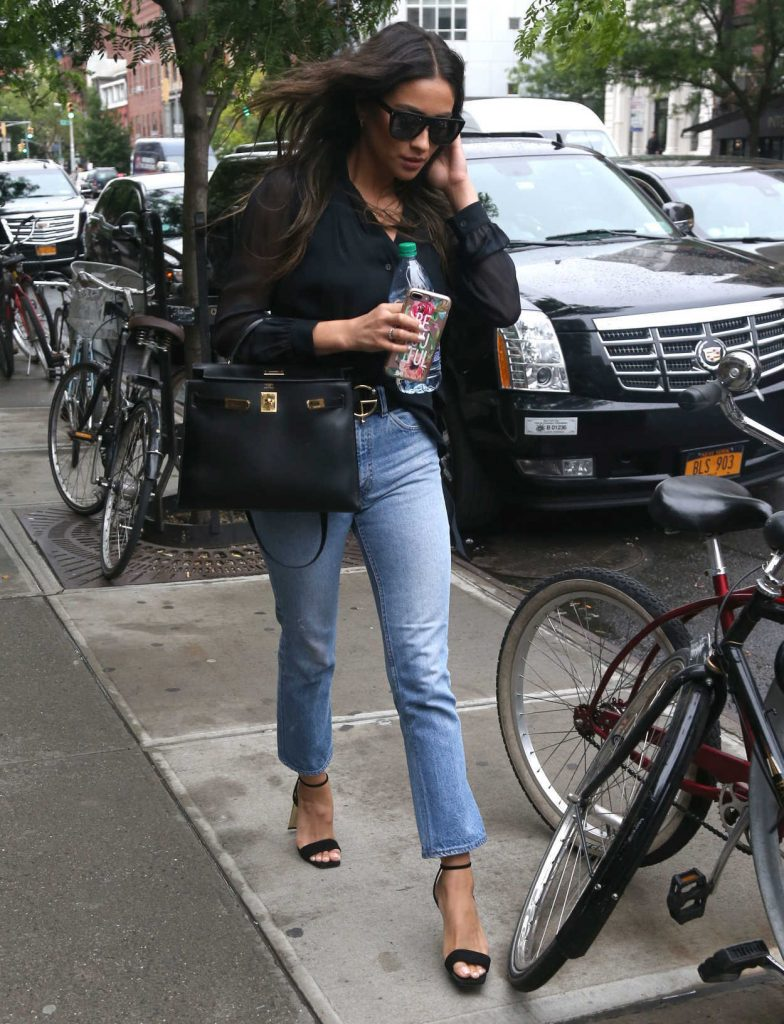 Shay Mitchell Was Seen Out in NYC 06/06/2017-5