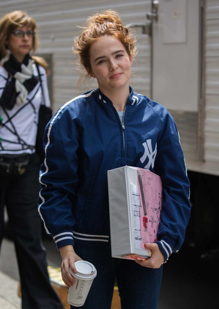 Zoey Deutch on the Set of Set it Up in New York 06/10/2017-3
