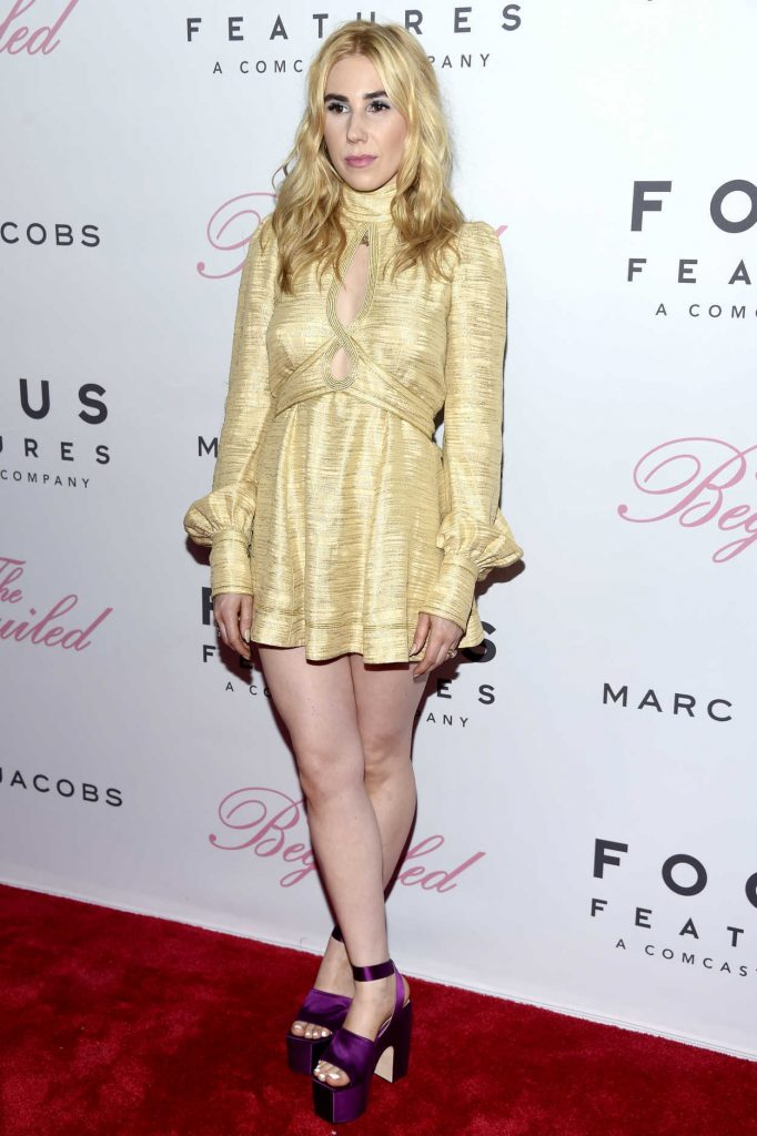 Zosia Mamet at The Beguiled Premiere in New York 06/22/2017-2