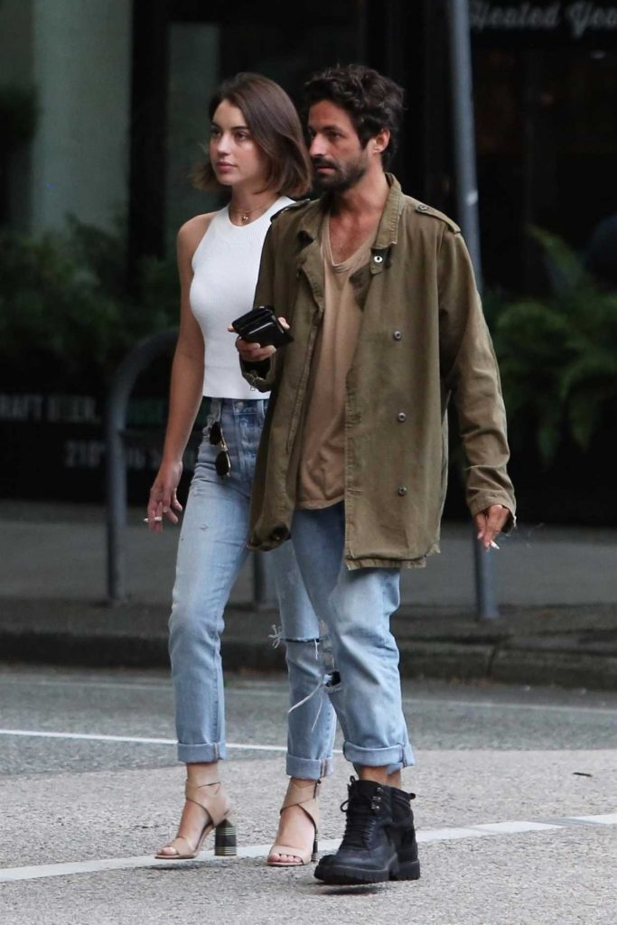 Adelaide Kane Was Seen With Her Boyfriend in Vancouver 07/13/2017-2
