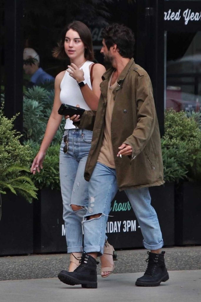 Adelaide Kane Was Seen With Her Boyfriend in Vancouver 07/13/2017-3