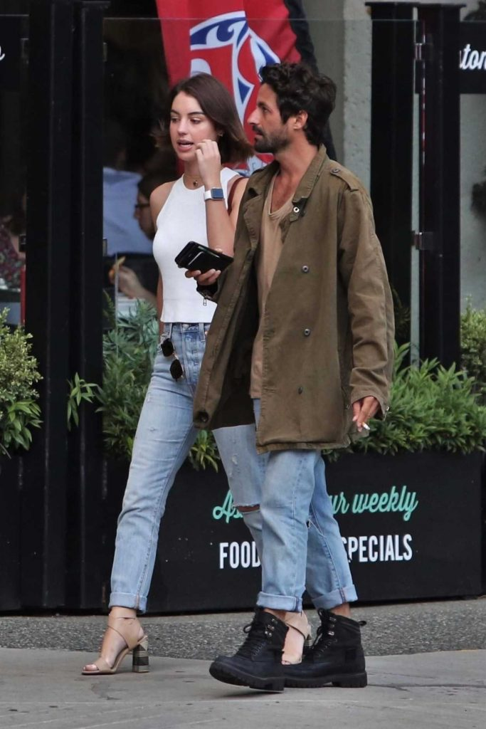 Adelaide Kane Was Seen With Her Boyfriend in Vancouver 07/13/2017-4