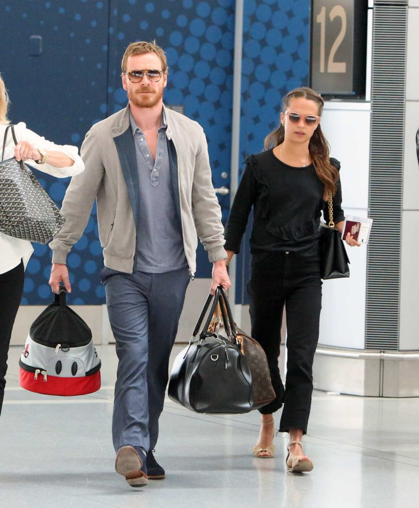 Alicia Vikander Was Seen in Toronto Airport With Michael Fassbender 07/17/2017-2