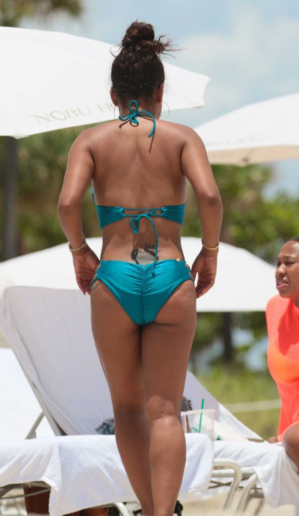 Christina Milian Wears a Blue Bikini at the Beach in Miami 07/20/2017-5