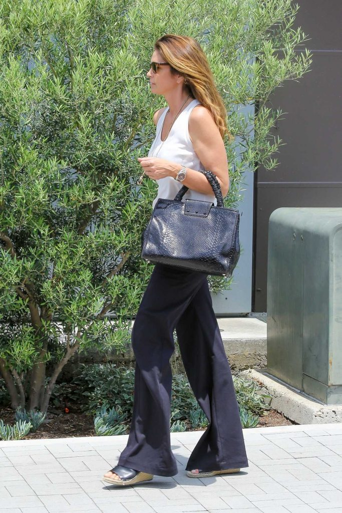 Cindy Crawford Leaves the Malibu Country Mart in Malibu 07/13/2017-4