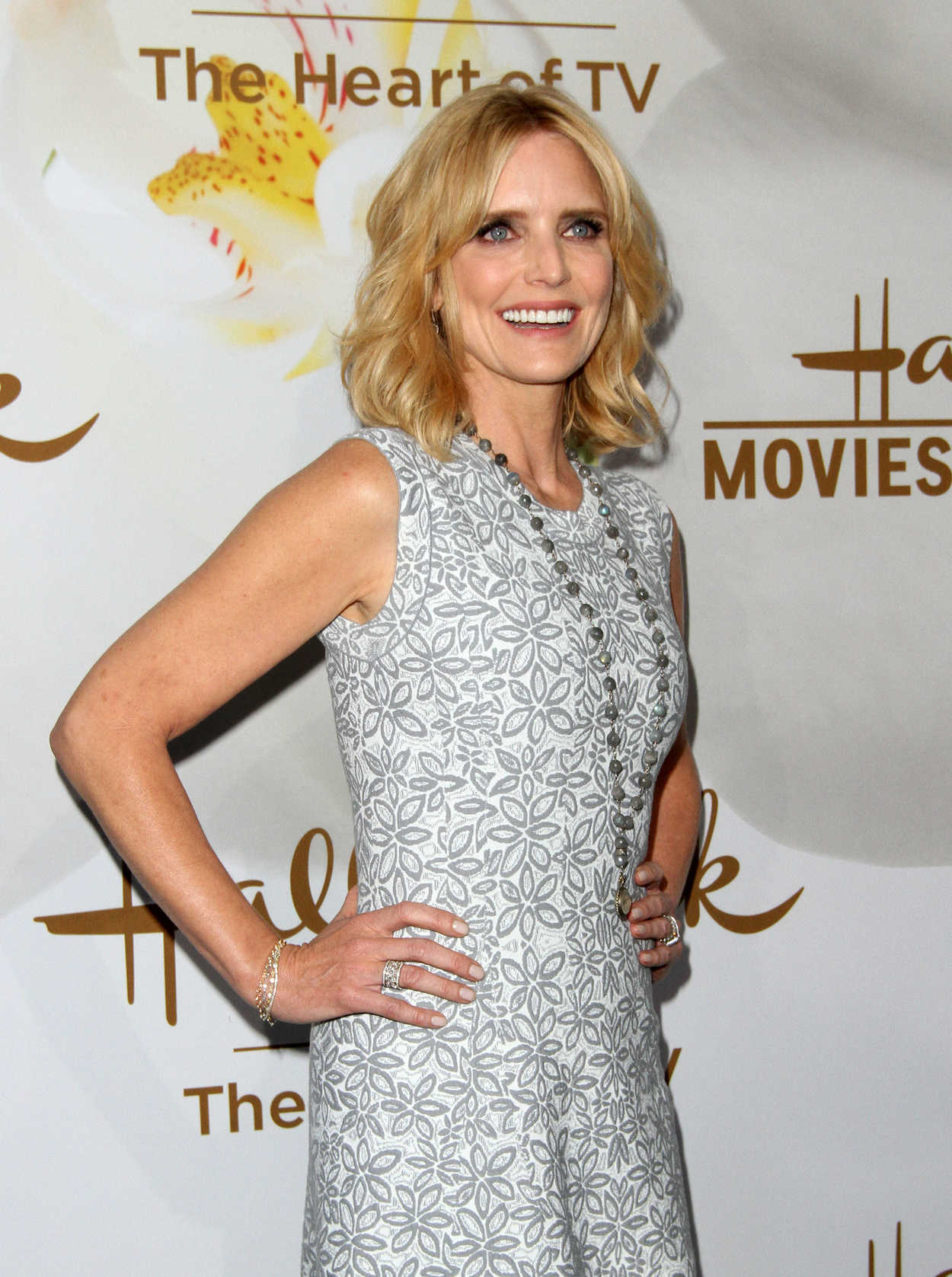 Half men courtney a two thorne-smith and Courtney Thorne