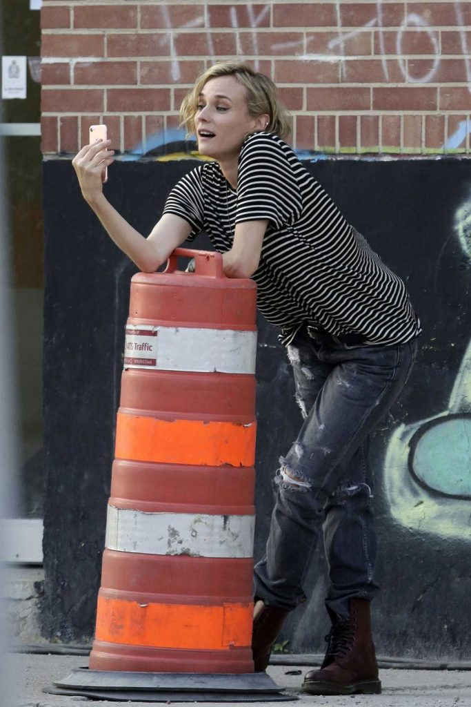 Diane Kruger on the Set of JT Leroy in Winnepeg 07/18/2017-1