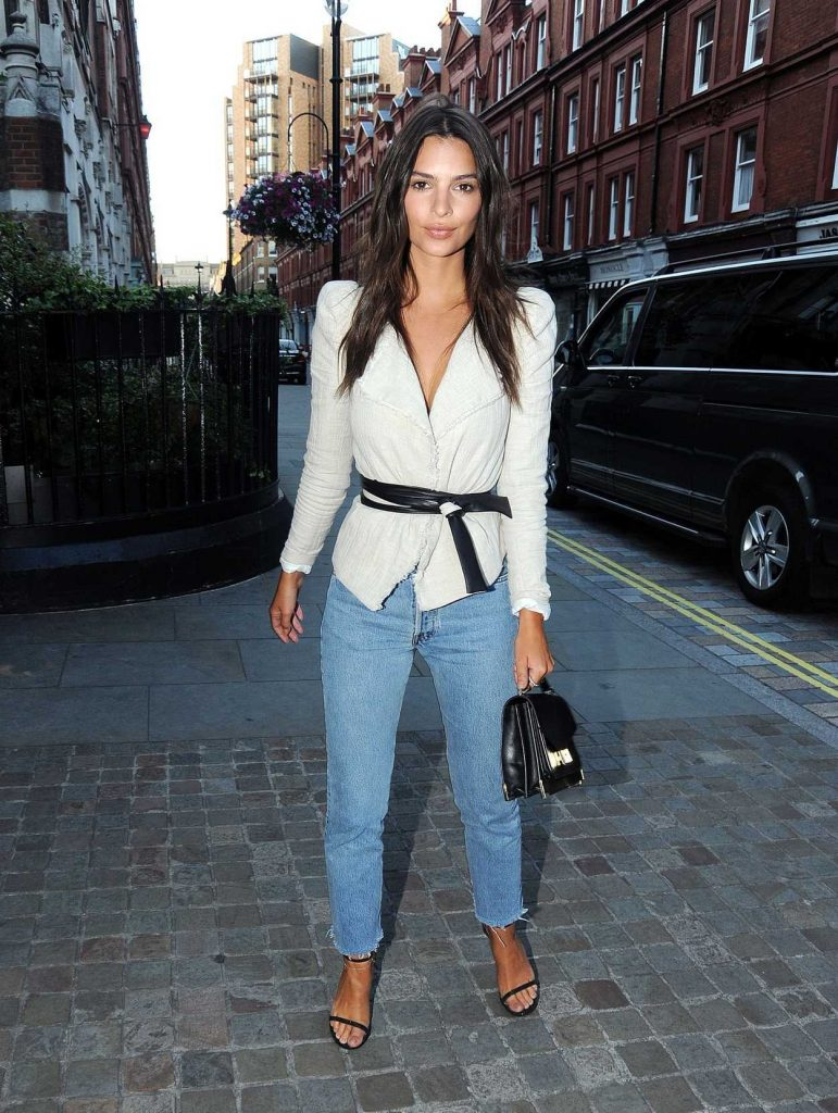 Emily Ratajkowski at the Chiltern Firehouse in London 07/02/2017-1