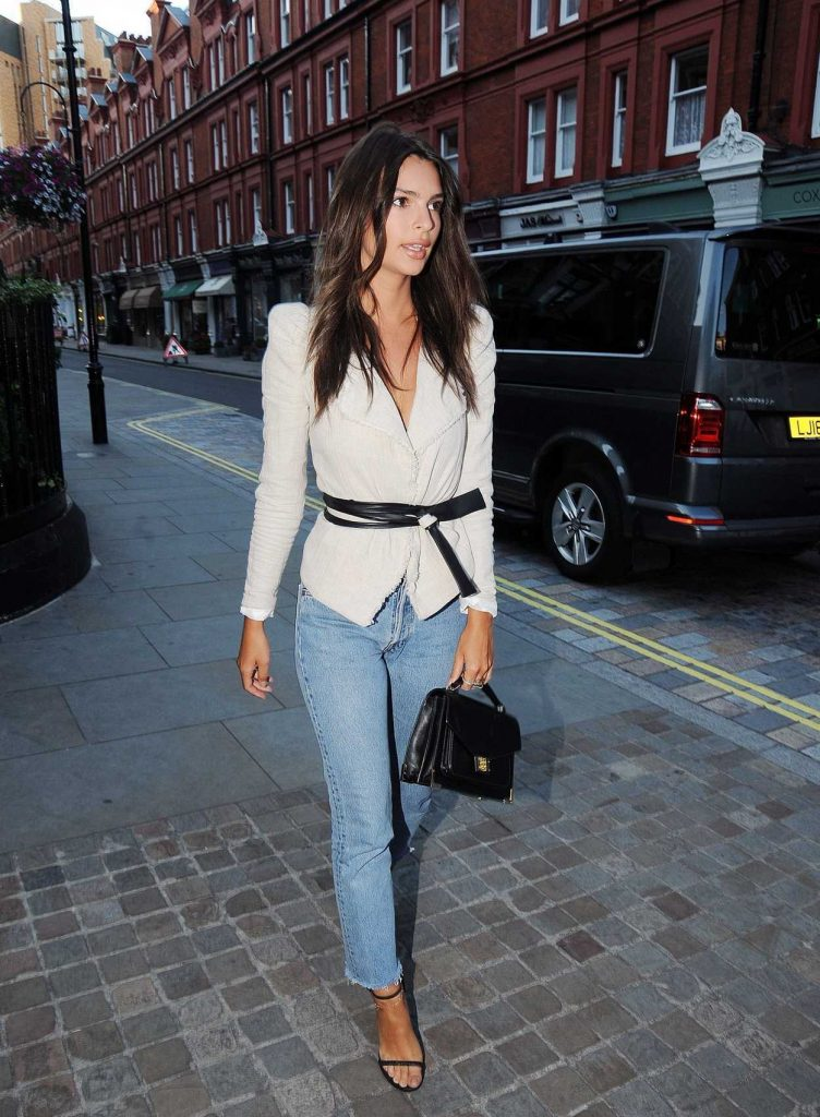 Emily Ratajkowski at the Chiltern Firehouse in London 07/02/2017-2