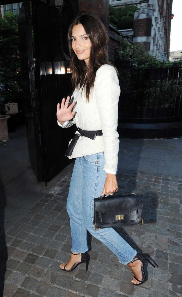 Emily Ratajkowski at the Chiltern Firehouse in London 07/02/2017-5
