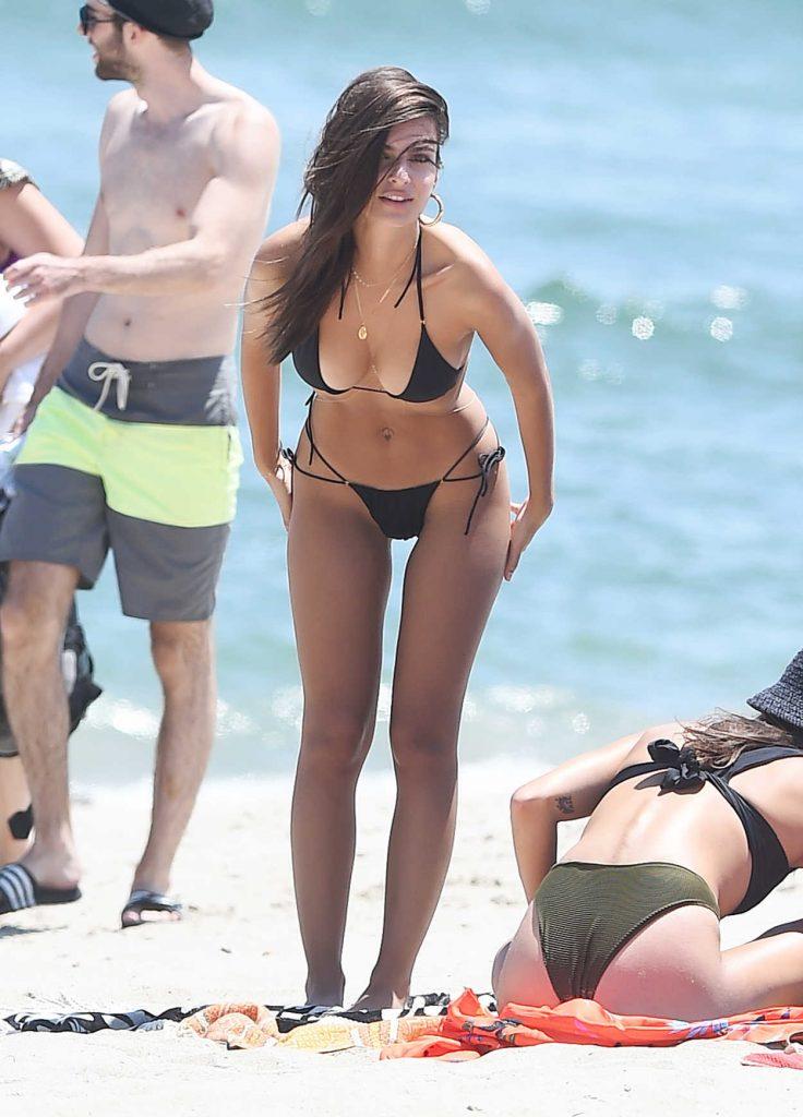 Emily Ratajkowski Wears a Black Bikini at the Beach in Malibu 07/18/2017-5