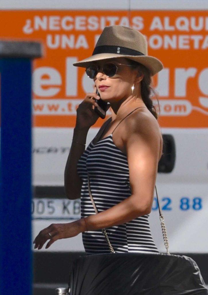Eva Longoria Goes Shopping in Puerto Banus 07/19/2017-4