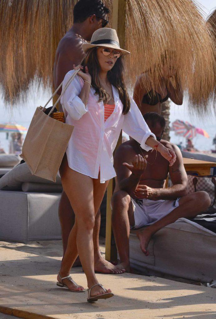 Eva Longoria Leaves the Beach Club in Marbella 07/13/2017-2