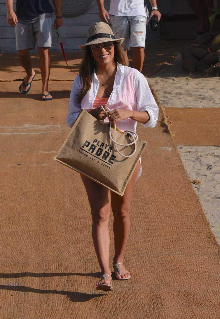 Eva Longoria Leaves the Beach Club in Marbella 07/13/2017-4