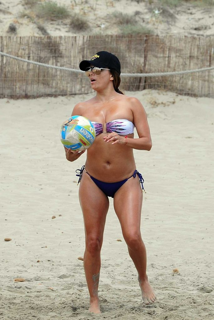 Eva Longoria Plays a Beach Volley Match in Ibiza 07/21/2017-3