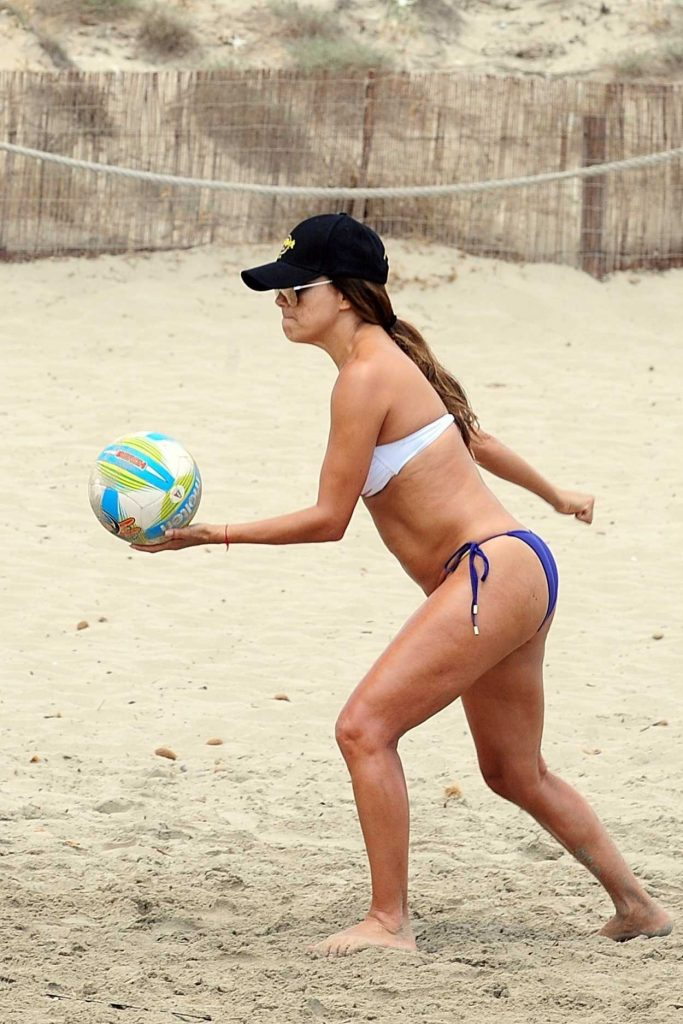 Eva Longoria Plays a Beach Volley Match in Ibiza 07/21/2017-4