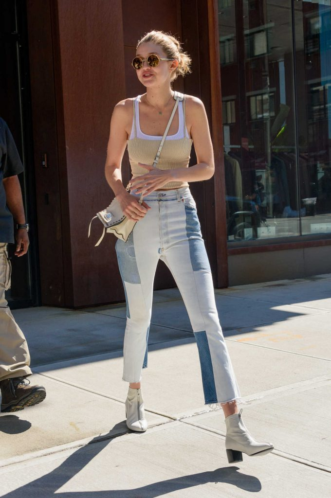 Gigi Hadid Leaves Her Hotel in NYC 07/26/2017-3